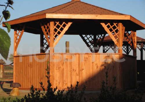Kruhový dřevěný altán do zahrady