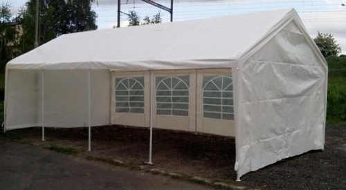 Prostorný bílý zahradní párty stan 4 x 8 metrů
