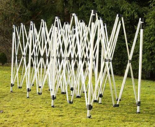 Skládací nůžková konstrukce párty stan 3 x 9 metrů