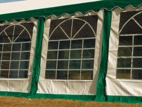 Zeleno bílé bočnice s velkými okny