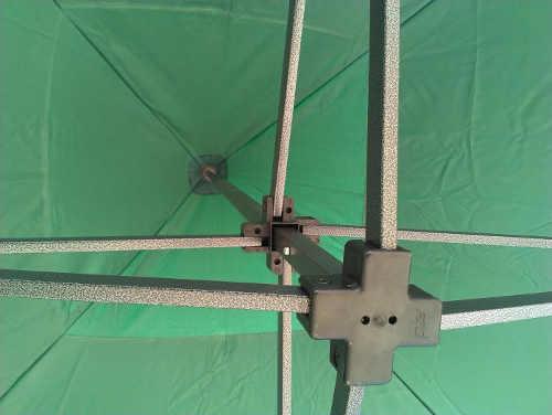 ocelova-stresni-konstrukce-zahradniho-altanku