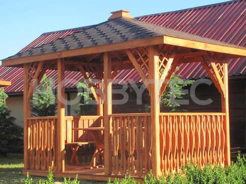 moderní dřevěný zahradní altán