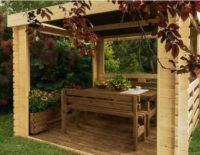 Masivní dřevěný zahradní altán