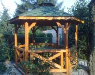Zahradní altán ze smrkového dřeva
